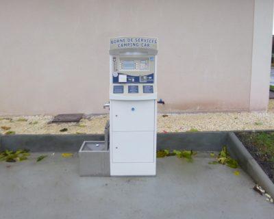 Installation M-Innov d'une startbox 3 - bornes service camping car