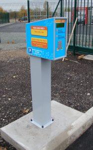 Installation d'un totem par M-Innov - gestion entrées / sorties parking